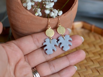 Selling: Polymer clay Monstera earrings