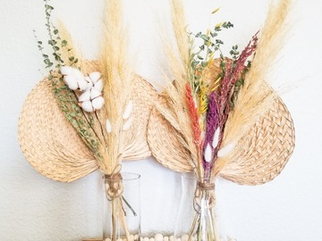 Selling: Pampas Bouquets
