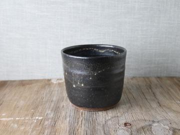 Selling: handmade black cover pot, #21-65
